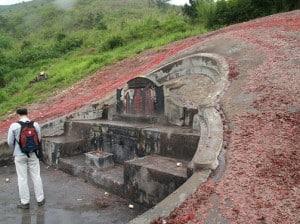 Yin Feng Shui Grave